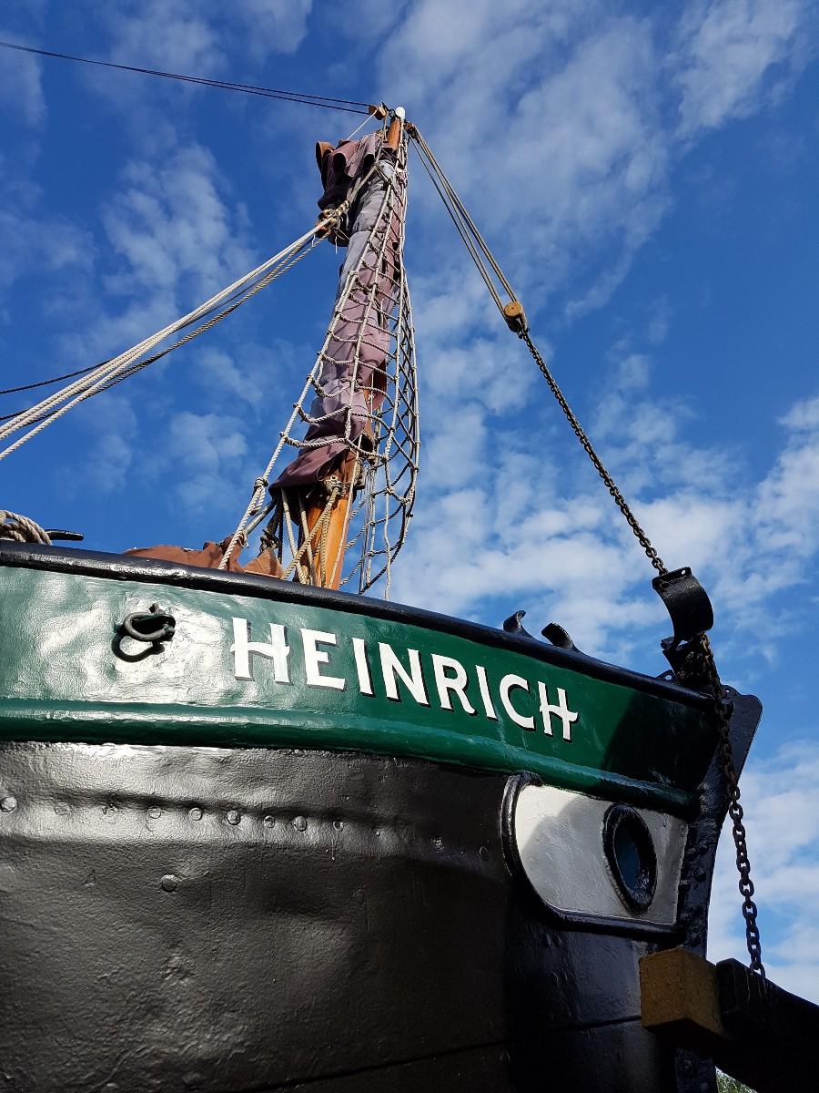 Beschriftung Segelschiff